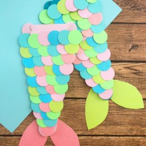 Super Fun Craft for Mermaid Princesses!  Fun Party Activity